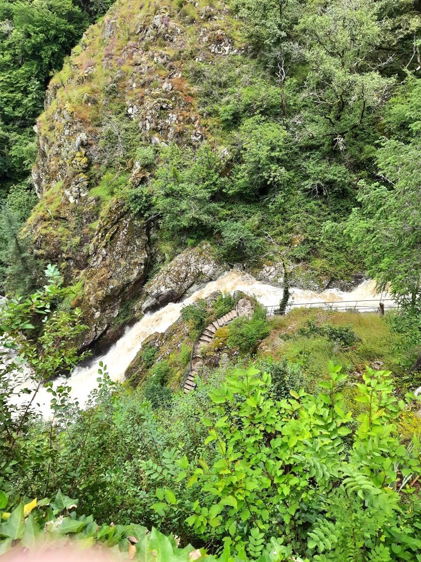 Cascade Gimel